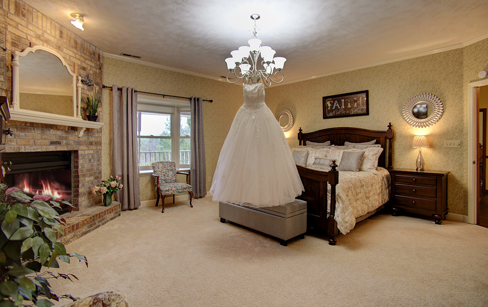 Smoky Mountain wedding dress, white wedding dress, Smoky Mountain luxury wedding cabin, Smoky Mountain luxury wedding accommodations, Wears Valley luxury wedding venue, Wears Valley luxury honeymoon cabin